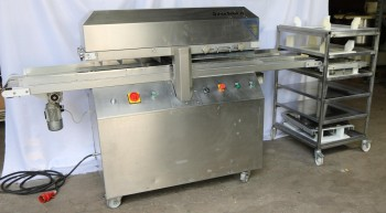 Cake cutting machine NBS