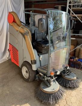Kehrmaschine Hako Citymaster 90