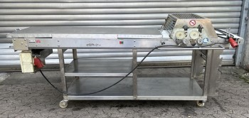 Seewer Rondo cutting table