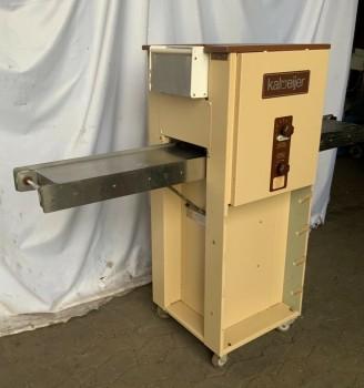 Kalmeijer KGM pastry molding machine